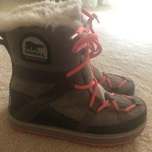 Sorel suede/canvas boots